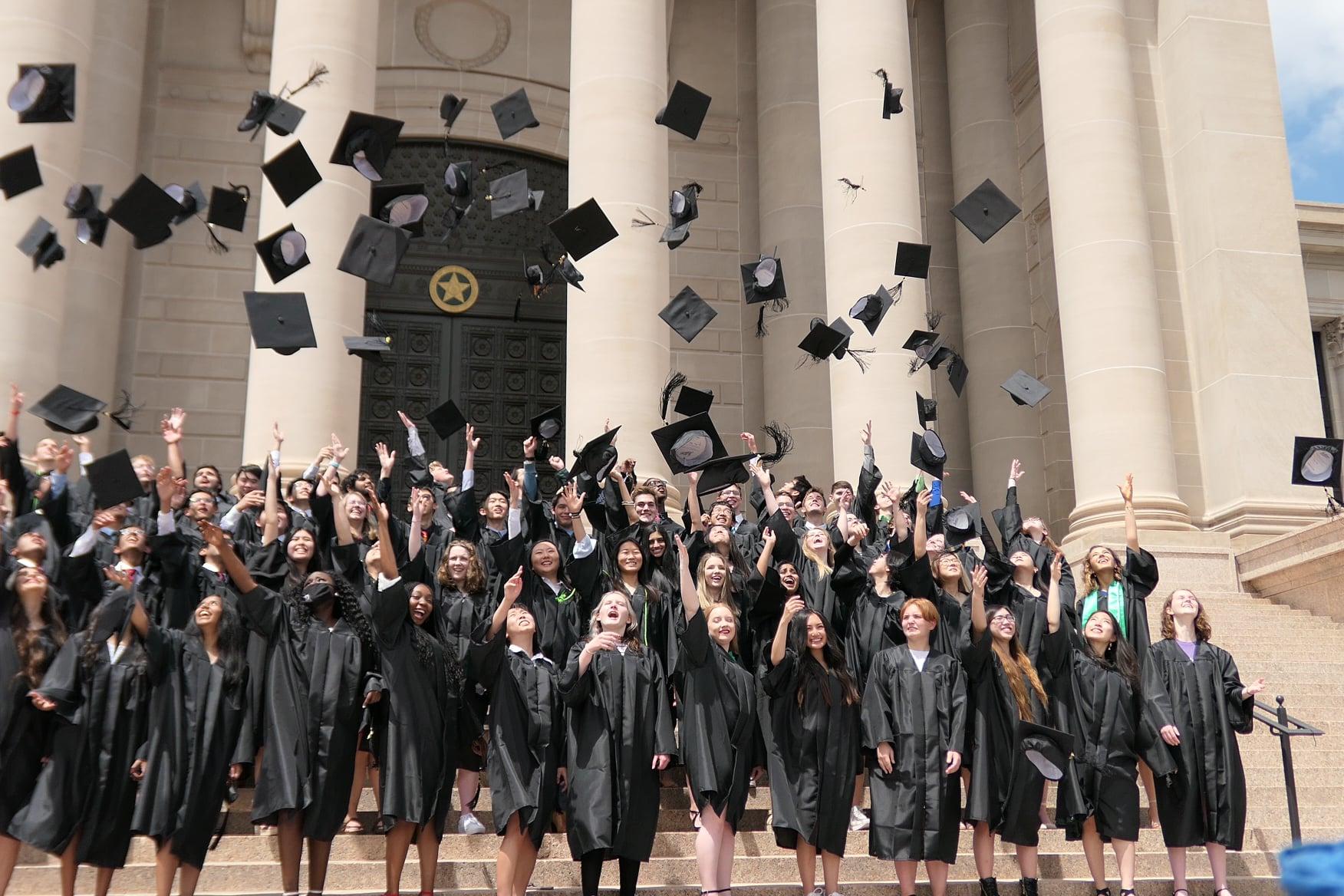 OSSM Celebrates 30th Graduation Ceremony